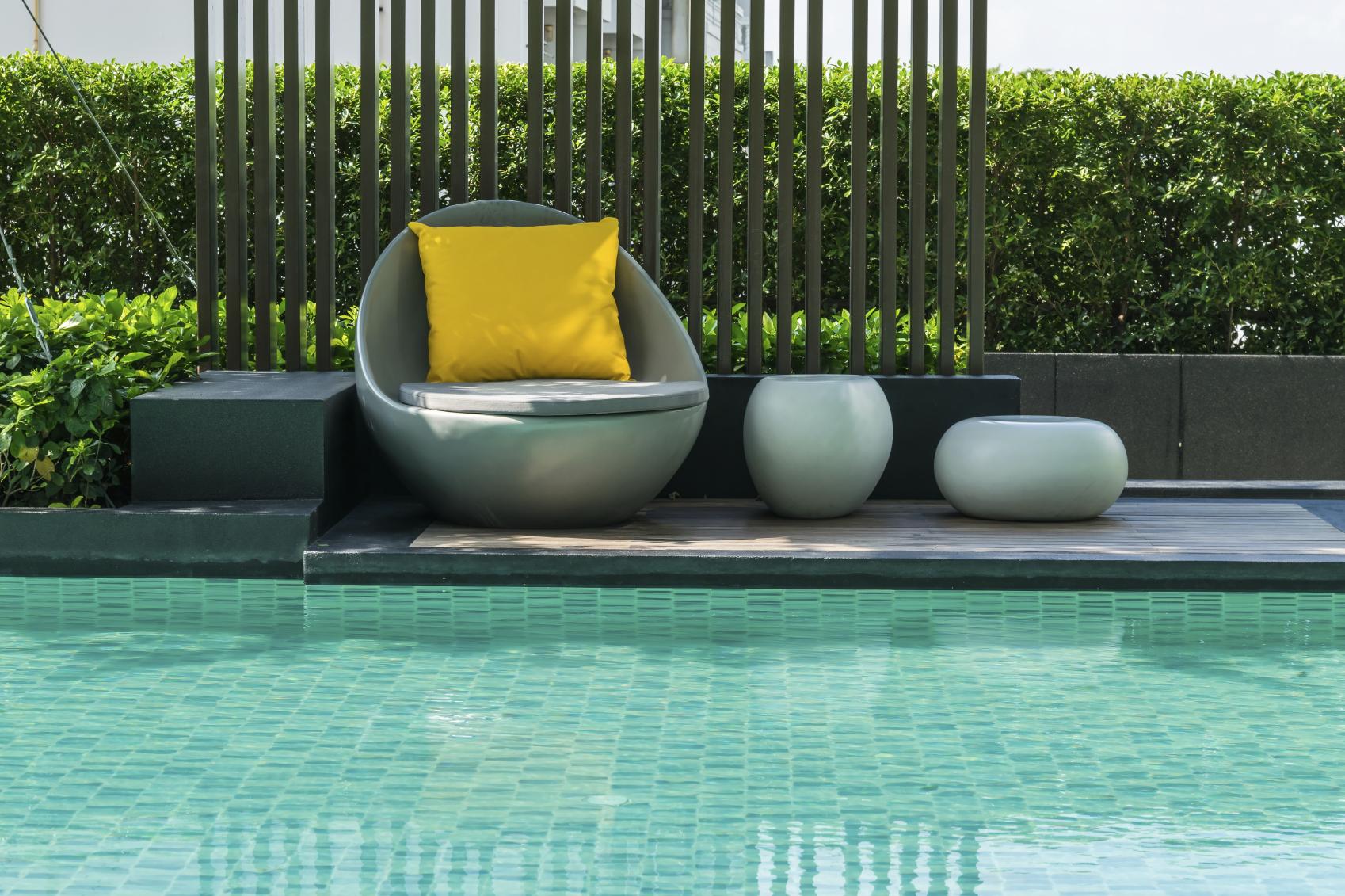 Schwimmbecken Im Garten Das Kann Sie Der Poolbau Kosten